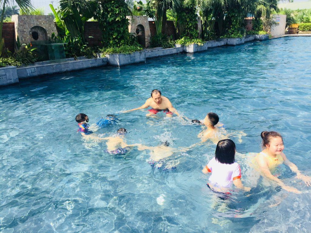 CLB Bơi Lội